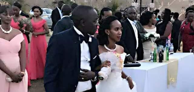Betty Ndayisaba und Assoumani Ntakirutimana trauen sich. Foto: privat
