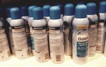 Wasserspray Balea im Drogeriemarkt. Foto: sia